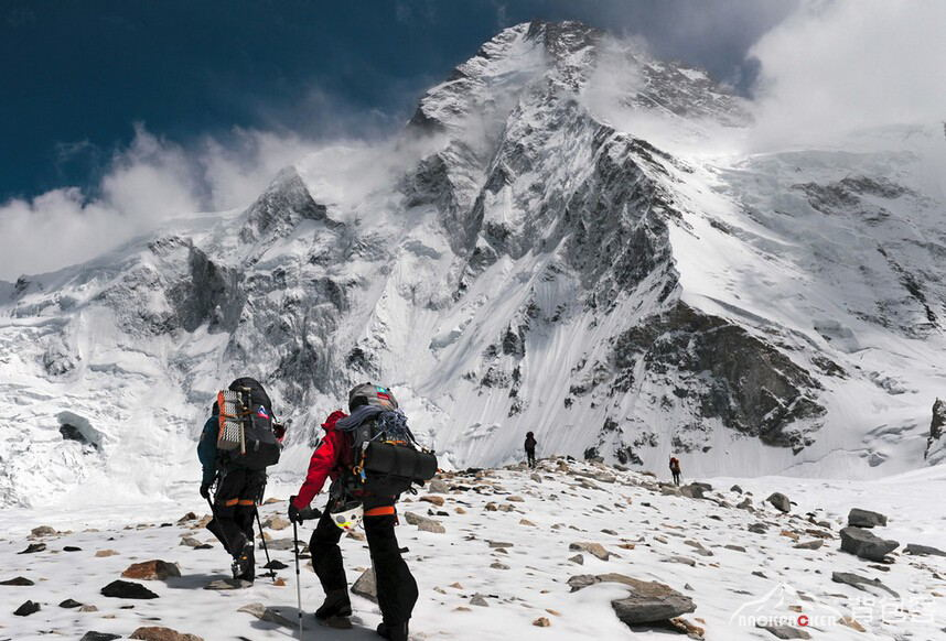 List of Equipments for Outdoor Mountaineering